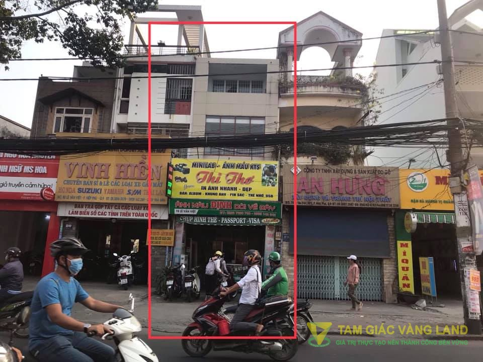 Cho thuê nhà mặt tiền đường Lê Văn Việt, Phường Hiệp Phú, Quận 9, DT 4.2x23m, 1 trệt 2 lầu, Giá 45 triệu/tháng