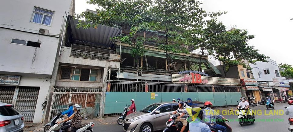 Cho thuê nhà nguyên căn gần 2500m2 tại 1B Thích Quảng Đức, Phường 4, Quận Phú Nhuận