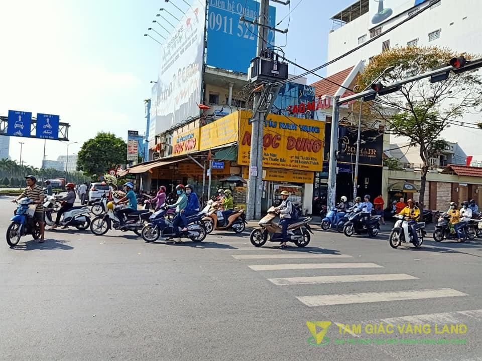 Cho thuê nhà mặt tiền đường Nguyễn Thị Thập, Phường Tân Phú, Quận 7, DT 5x12m, 1 trệt 1 lầu, Giá 100 triệu/tháng