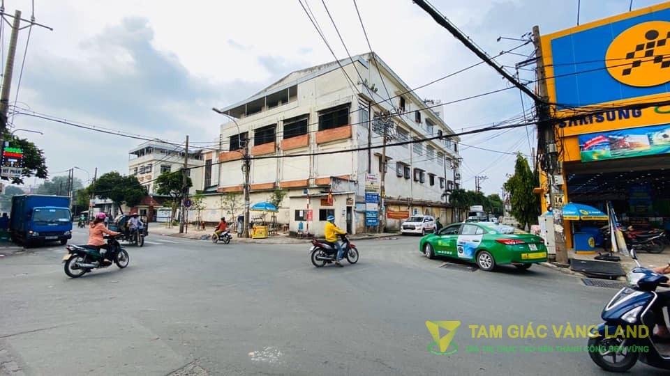 Cho thuê mặt bằng Góc 2 MT đường Phan Huy Ích, Phường 12, Quận Gò Vấp, DT 20x25m, 1 trệt, Giá 100 triệu/tháng