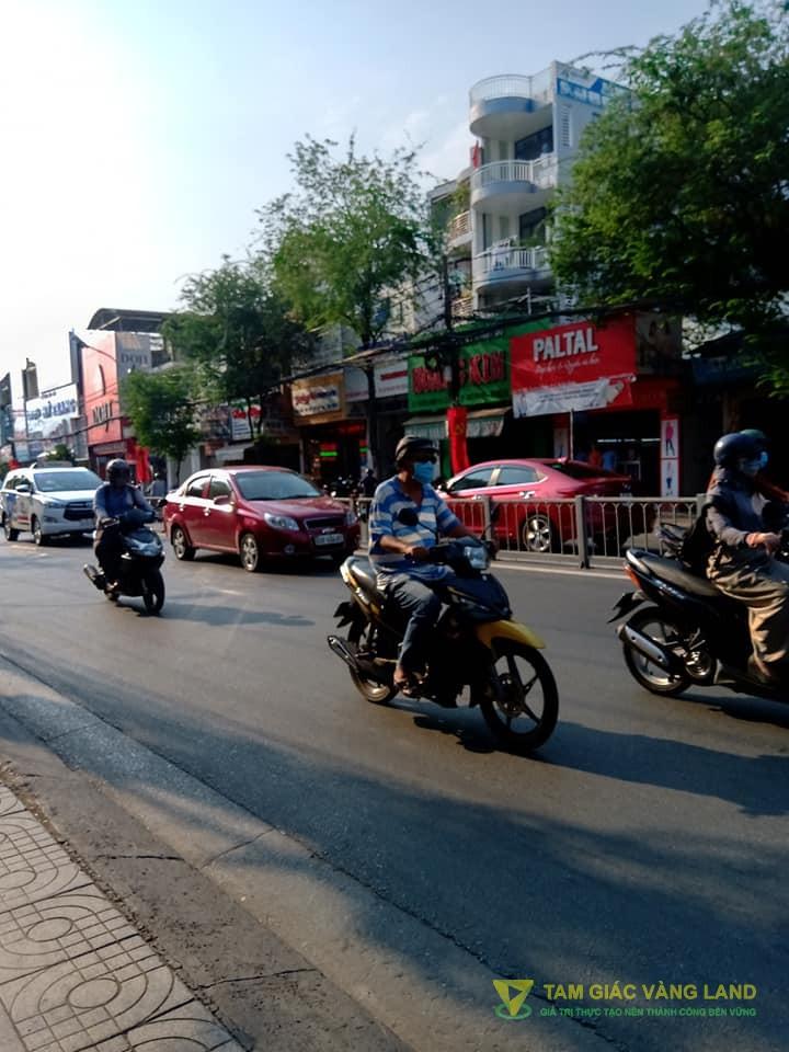 Cho thuê nhà mặt tiền đường Trường Chinh, Phường 13, Quận Tân Bình, DT 6x16m, trệt + 1 lầu, Giá 65 triệu/tháng