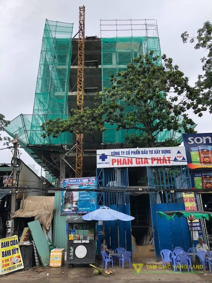 Cho thuê nhà mặt tiền đường Đỗ Xuân Hợp, Phường Phước Long B, Quận 9, DT 10x35m, 1 trệt 3 lầu, Giá 300 triệu/tháng