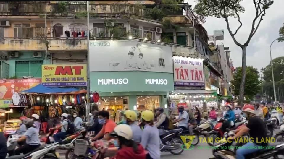 Cho thuê nhà mặt tiền đường Trần Phú, Phường 7, Quận 5, DT 8x20m, 1 trệt, 1 lầu, Giá 140 triệu/tháng