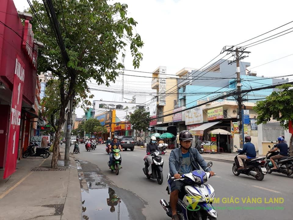 Cho thuê nhà mặt tiền đường Quang Trung, Thị trấn Hóc Môn, Huyện Hóc Môn, DT 7x20m, nhà cấp 4, Giá 50 triệu/tháng