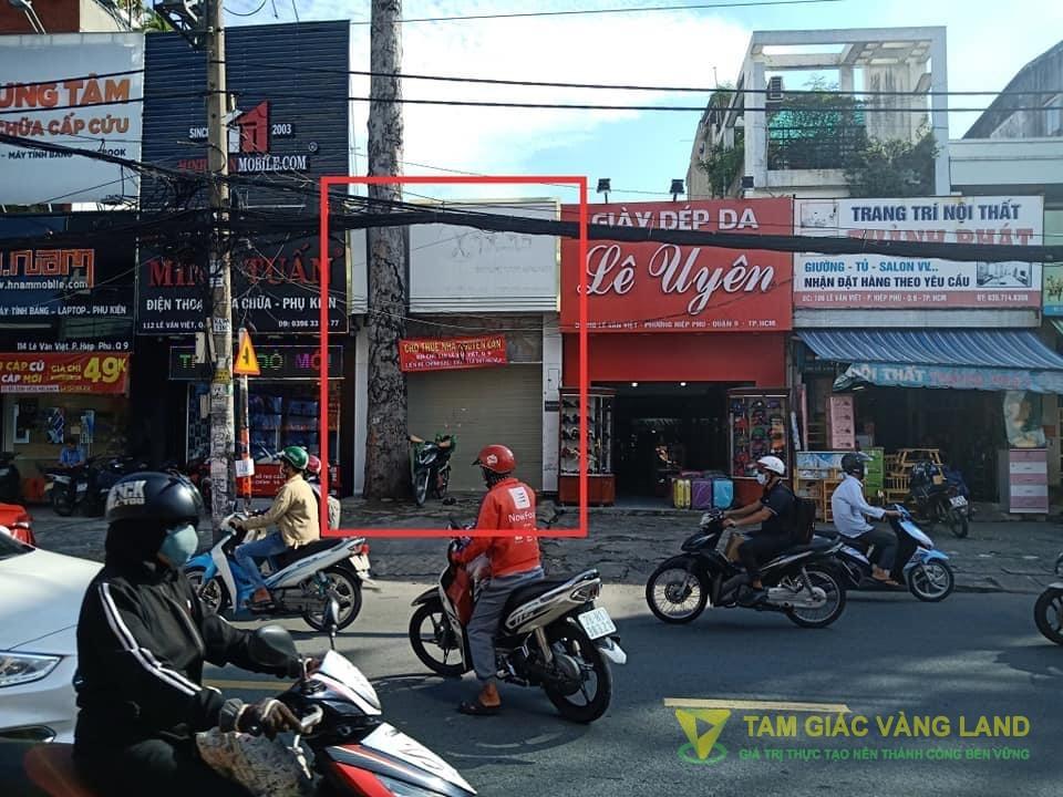 Cho thuê nhà mặt tiền đường Lê Văn Việt, Phường Hiệp Phú, Quận 9, DT 4x28m, Cấp 4, Giá 35 triệu/tháng