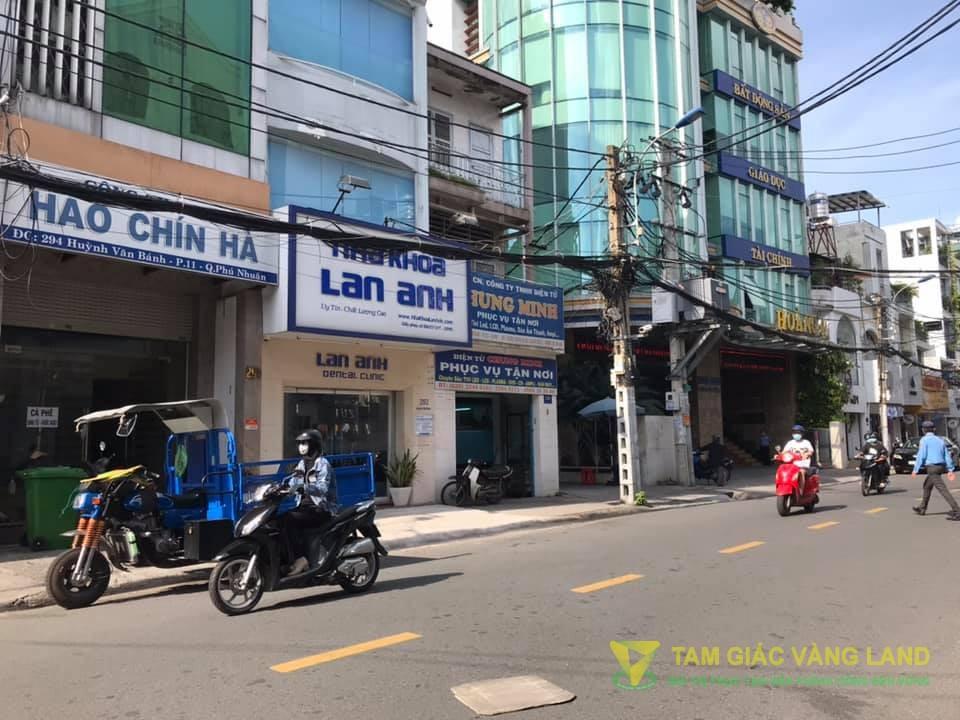 Cho thuê nhà mặt tiền đường Huỳnh Văn Bánh, Phường 11, Quận Phú Nhuận, DT 5x18m, 1 trệt 1 lầu lối đi chung, Giá 40 triệu/tháng