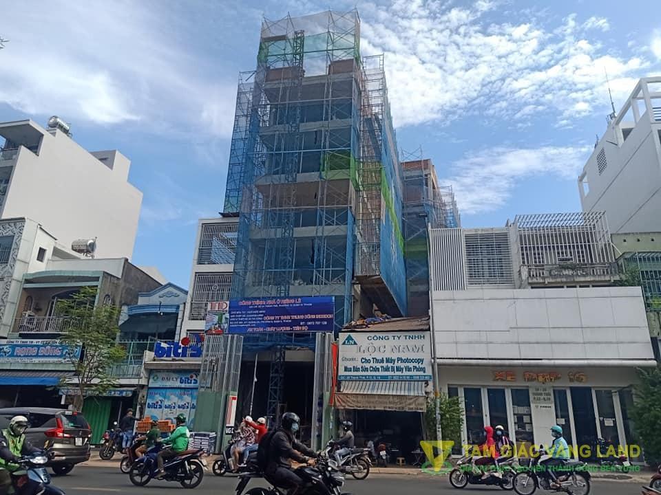 Cho thuê nhà mặt tiền đường Thành Thái, Phường 12, Quận 10, DT 6x28m, 1 trệt 6  lầu, Giá 300 triệu/tháng