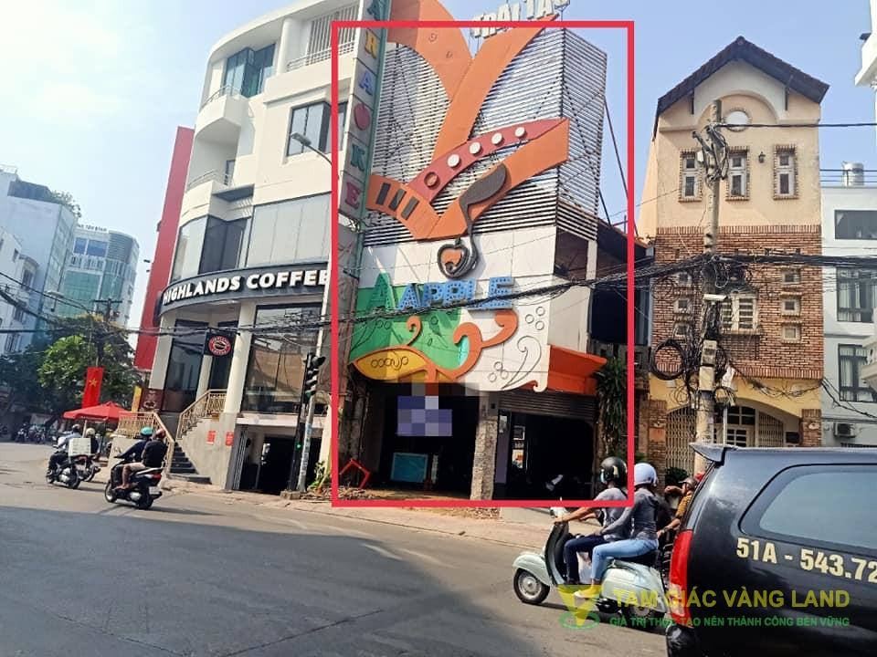 Cho thuê nhà mặt tiền đường Hoàng Việt, Phường 4, Quận Tân Bình, DT 4x40m, 1 trệt 1 lầu, Giá 110 triệu/tháng